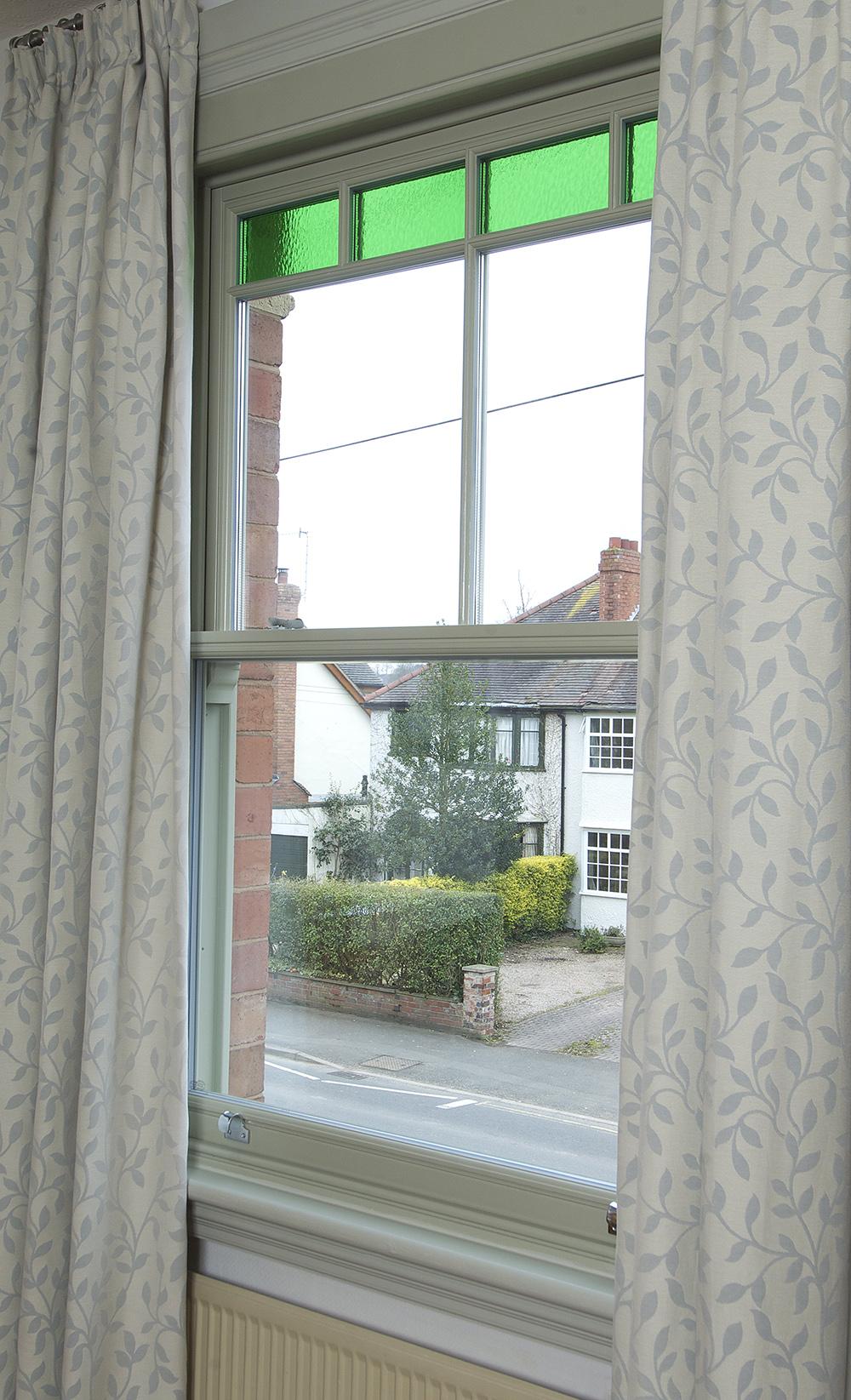 Bewdley sash window green glass detail