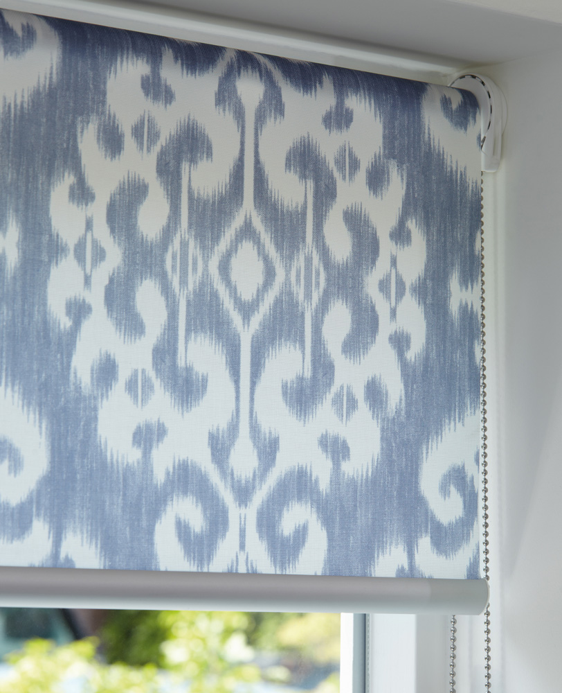 luxaflex roller blind blue white chain